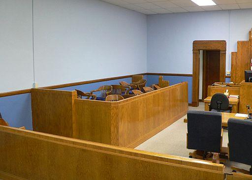 Hamilton_County_Courthouse_(Kansas)_courtroom_2