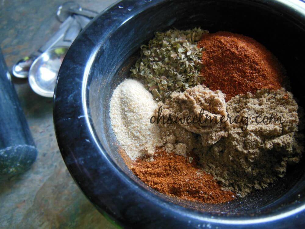 Make this Healthy Homemade Chili Powder in a flash with ingredients in your pantry!