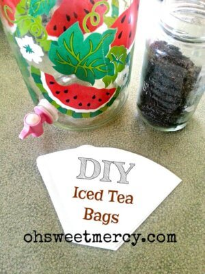 DIY Iced Tea Bags | Oh Sweet Mercy #diy #moneysaving #summer #tips #thm