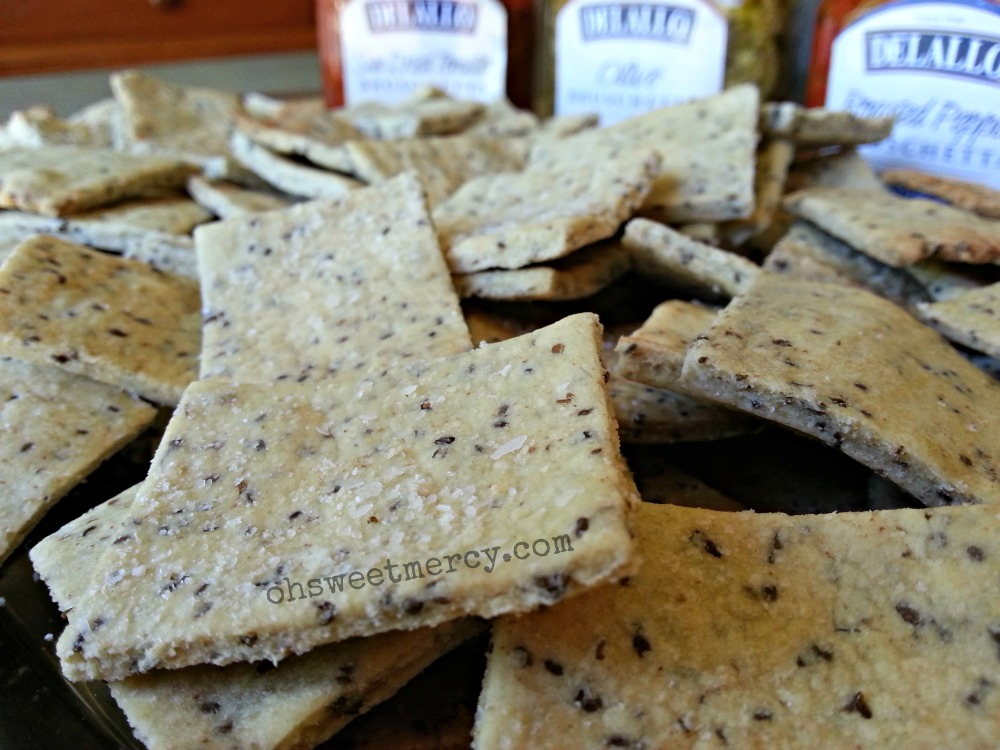 Gluten Free Oat, Buckwheat and Chia Crackers
