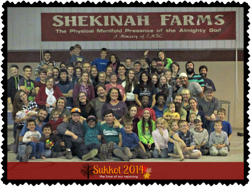 Sukkot 2014 Group Picture 850 x 632