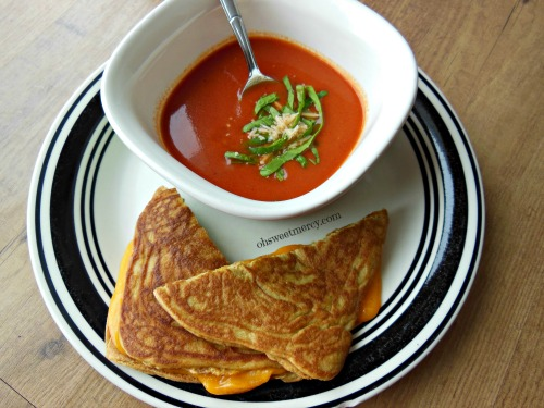 Roasted Tomato Soup (The Sprouted Kitchen Cookbook) Recipes ...