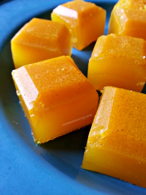 Healthy Lemon Turmeric Gummies | Oh Sweet Mercy #thm #easy #gelatin #recipes #healthy #ohsweetmercy