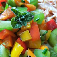 How to Make an Easy Garden Fresh Pepper Salad