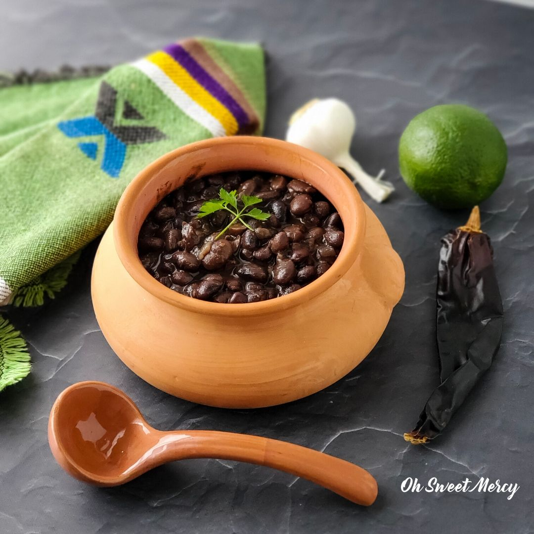 Chili lime black beans in terra cotta pot