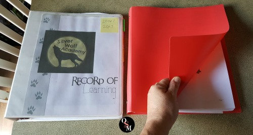 How to Bind Books and Documents Cheaply!  #diy #books #savingmoney #thrifty #homeschool #organization