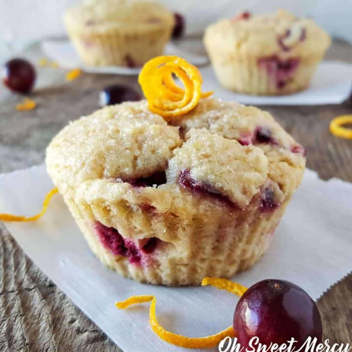 These sweet-tart Cranberry Orange Baobab Muffins are low carb, gluten and sugar free! Perfect for Trim Healthy Mamas! #lowcarb #sugarfree #glutenfree #baobab #healthy #recipes