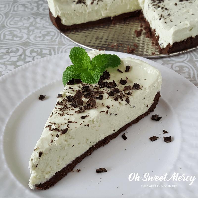 This Low Carb Minty Matcha No Bake Cheesecake uses antioxidant rich matcha tea for natural coloring.