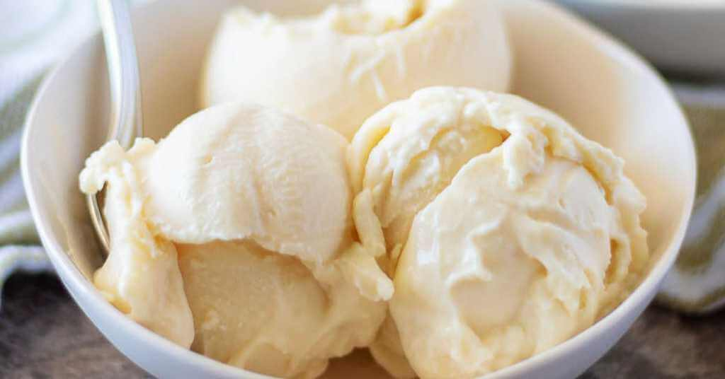 The Best THM Vanilla Ice Cream Recipes (And Toppings) for all your healthy THM ice cream needs. S, E, and FP options! #thm #icecream #recipes #lowcarb #sugarfree