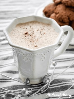 gingersnap steamer and cookies