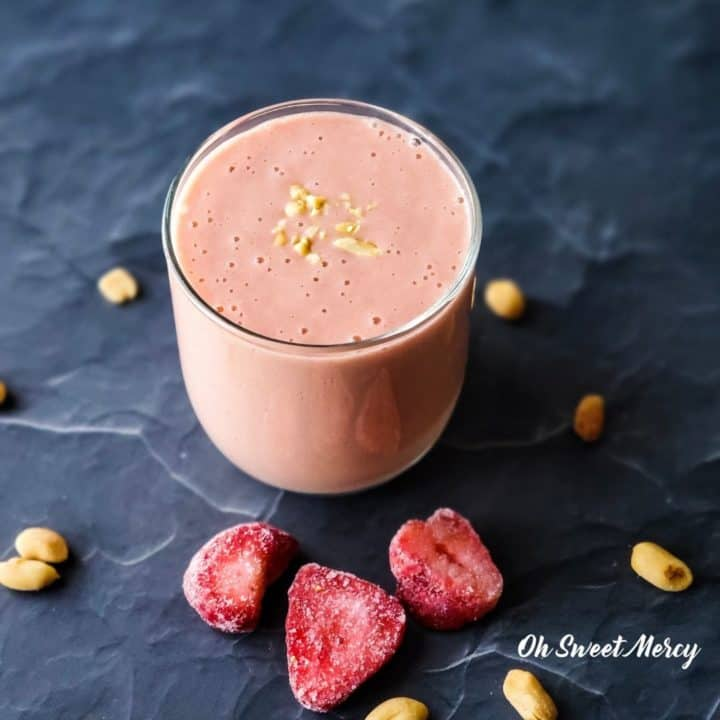 Easy Peanut Butter And Jelly Smoothie | THM FP or S