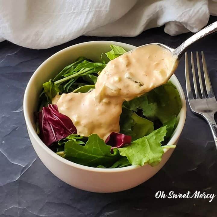 Salad with keto thousand island dressing