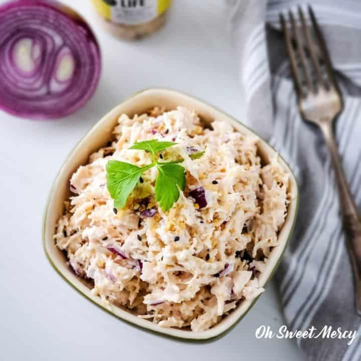 Bowl of Everything Bagel Seasoning Chicken Salad