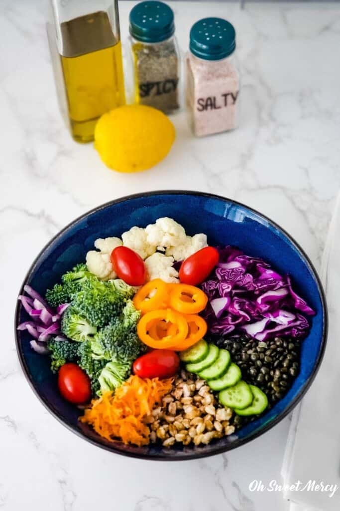 Colorful low fat grain bowl with lots of veggies